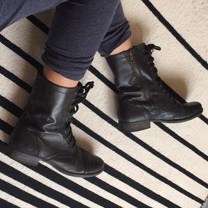 8 Steve Madden boots